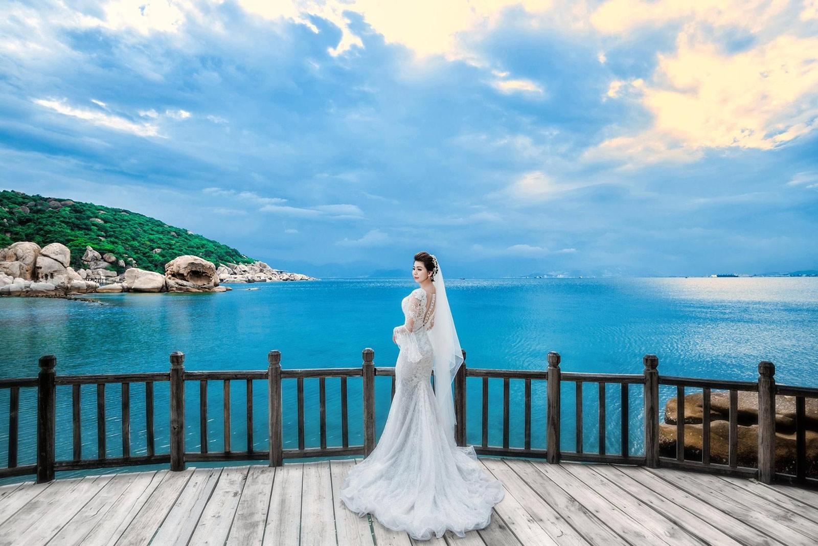 Chụp ảnh cưới tại Resort Anna Mandara