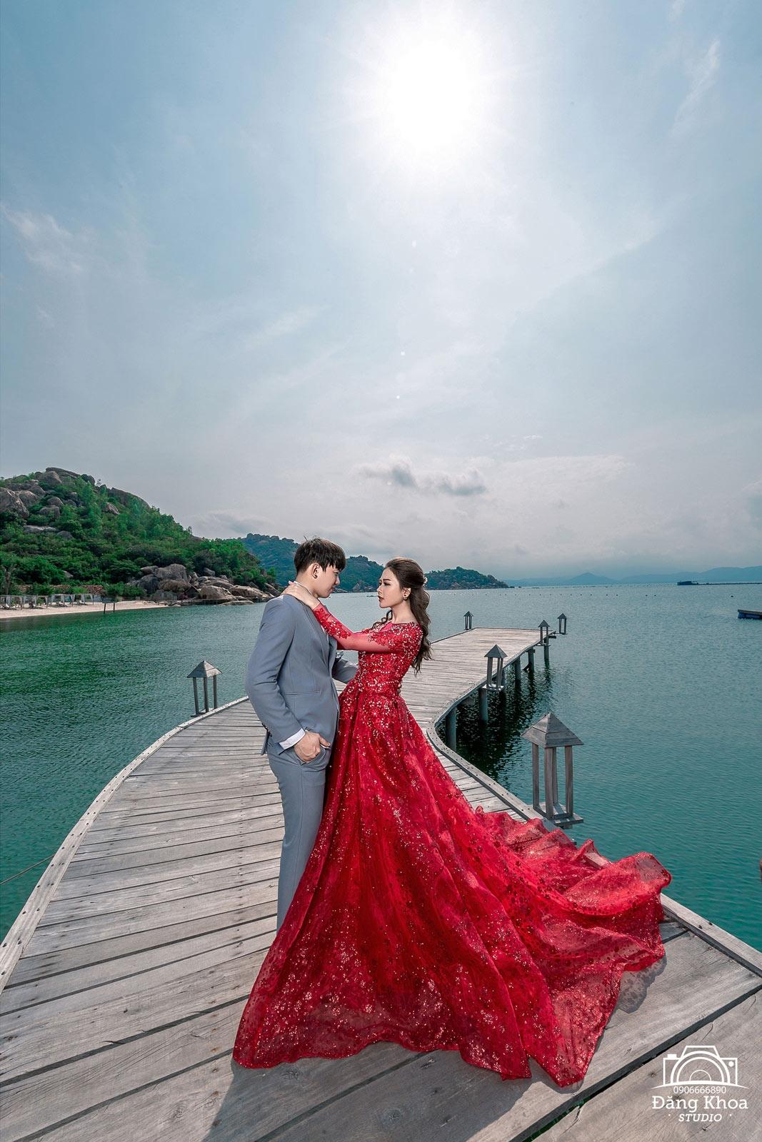 váy cưới đẹp nhất năm 2021
