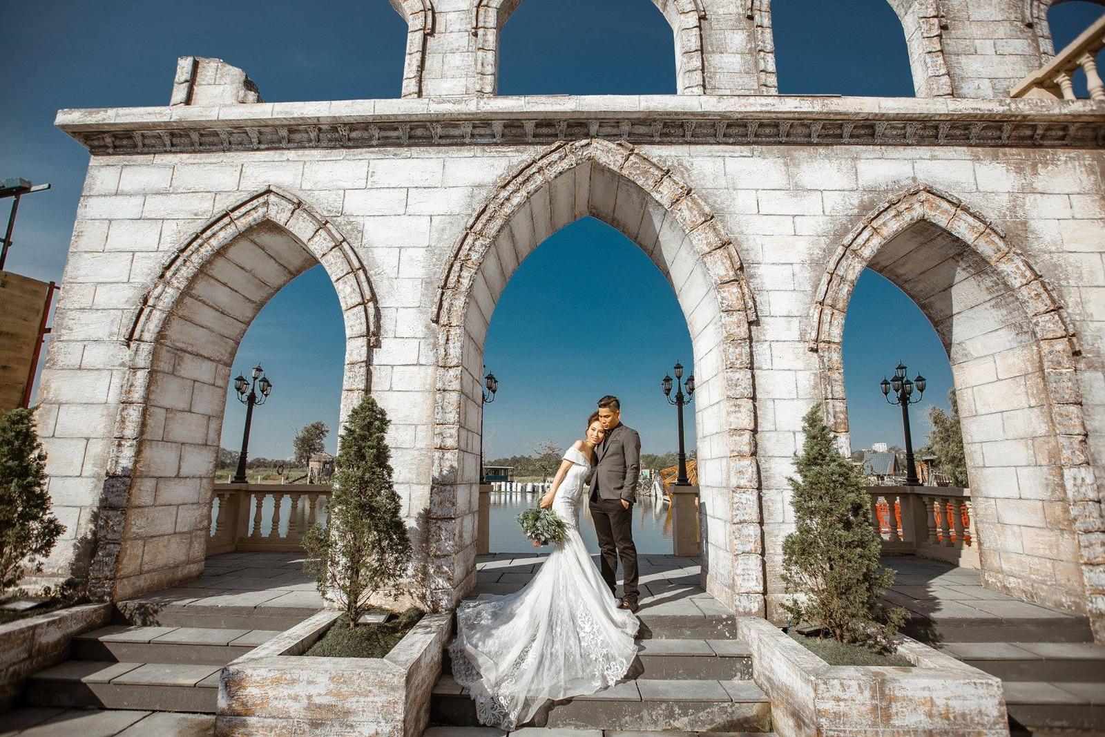 chụp ảnh cưới tại phim trường Lamour