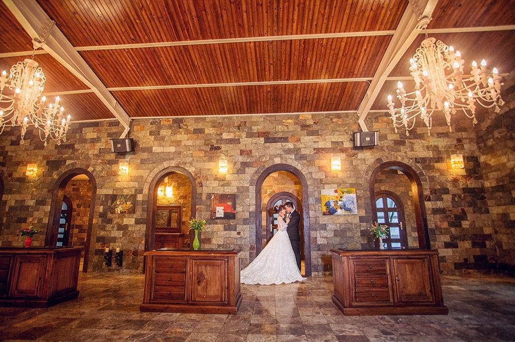 Chụp ảnh cưới đẹp tại phim trường Long island