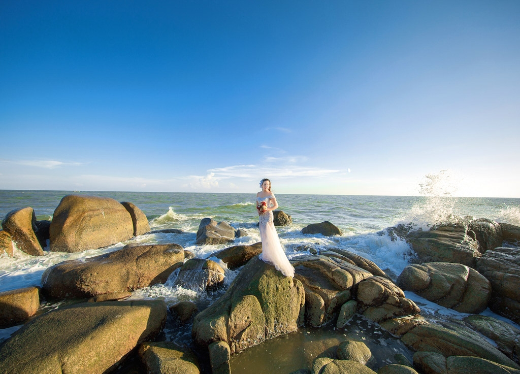 Chụp ảnh cưới hồ Cốc trọn gói giá rẻ