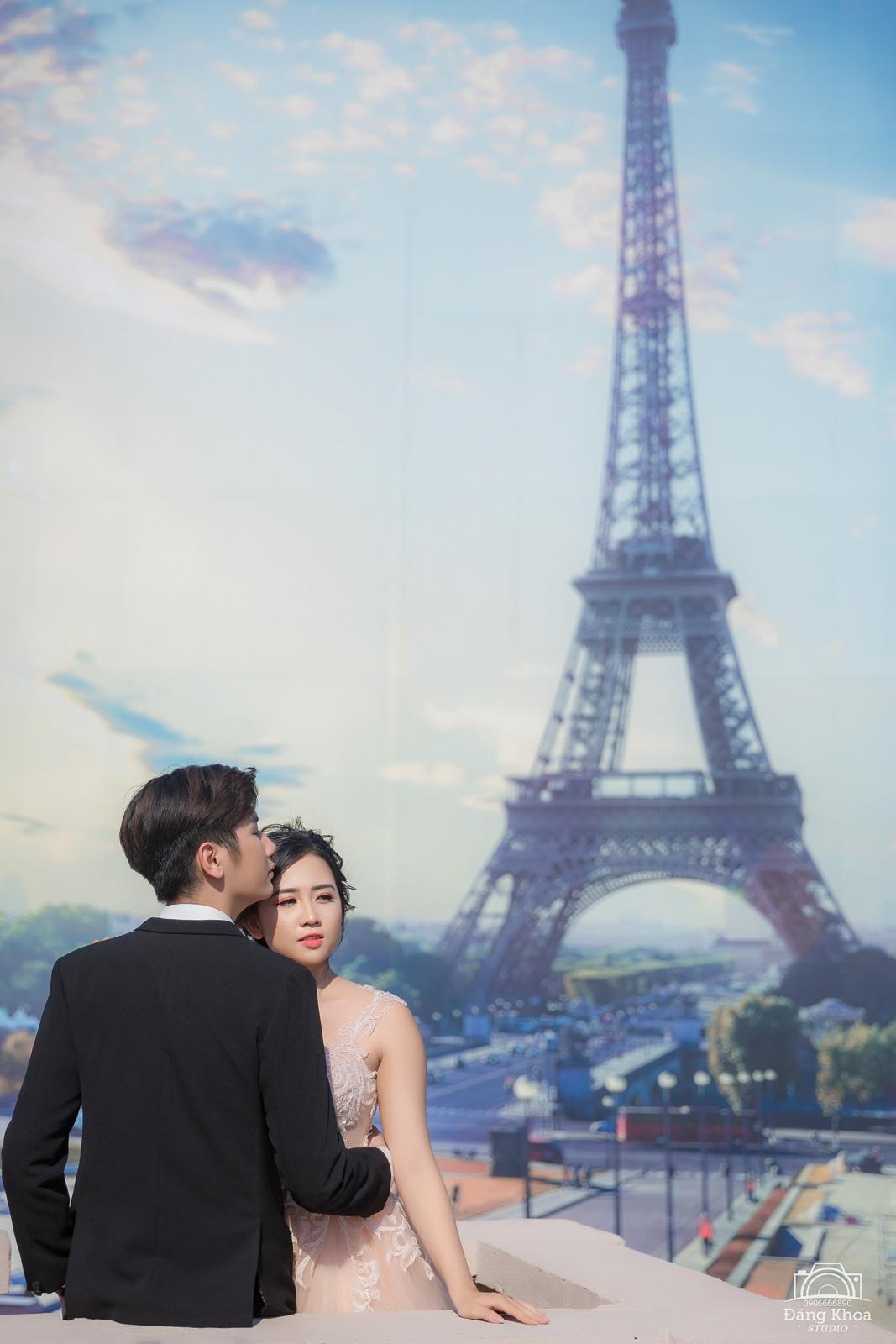 chụp hình cưới tại phim trường paris