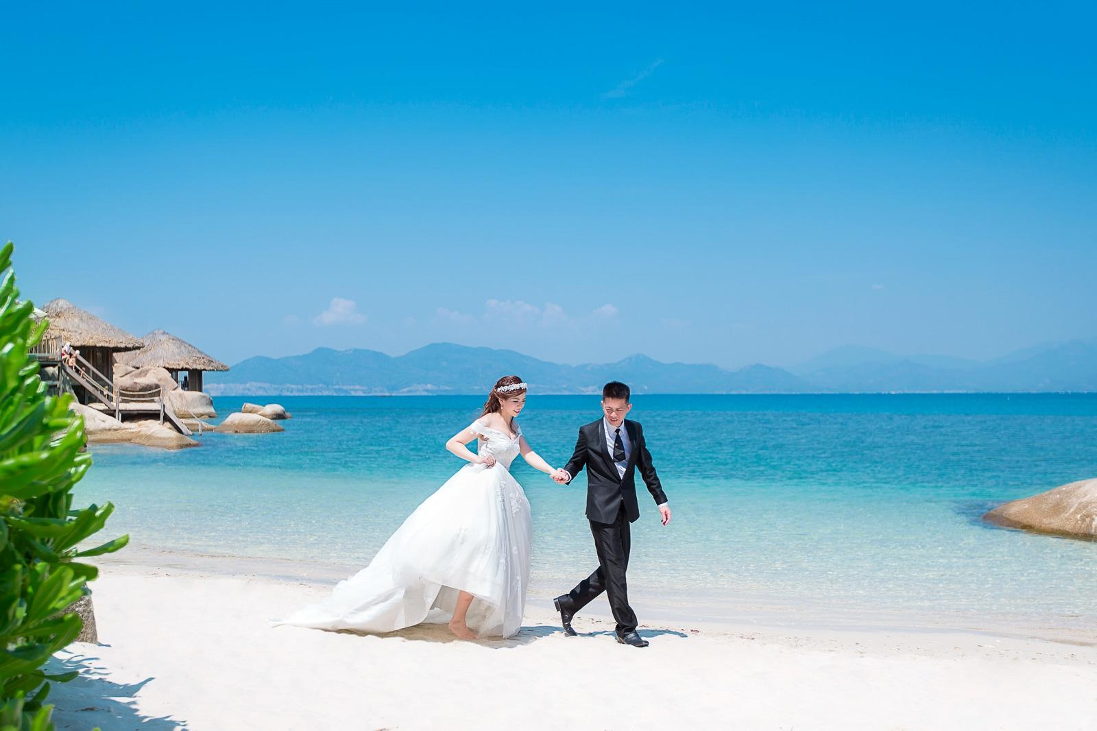 3. Chụp ảnh cưới phong cách tạp chí thời trang