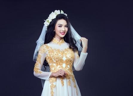 Nét thơ ngây của những chiếc áo dài cưới màu trắng