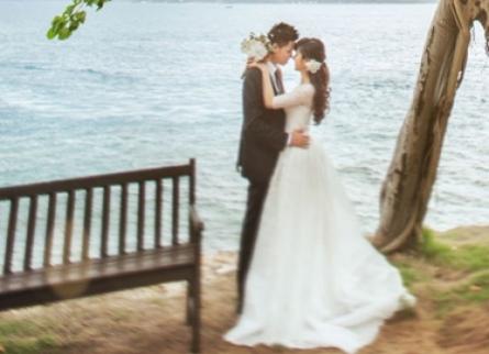 các mẫu áo cưới đẹp có tay