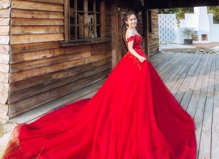 chia sẻ kinh nghiệm thử váy cưới ĐẸP vs NỔI BẬT nhất cho nàng dâu