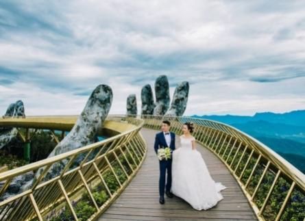 chọn váy cưới cho cô dâu vai rộng bắp tay to cực đẹp