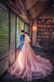 Váy cưới đuôi cá – Xu hướng váy cưới 2021