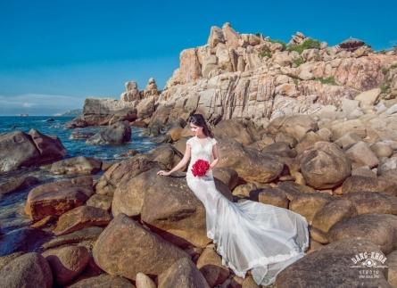 Chụp ảnh cưới đẹp mê hồn ở Hang Rái - Ninh Thuận