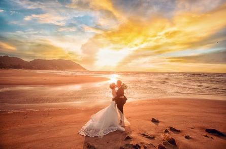 Bật mí những ý tưởng chụp ảnh cưới ở biển đẹp nhất cho các cặp đôi