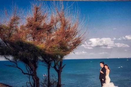 Bộ ảnh cưới đẹp  từng centimet của cặp đôi ca sĩ điển trai