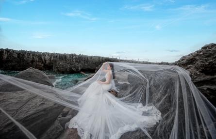 chụp ảnh cưới ở hang rái