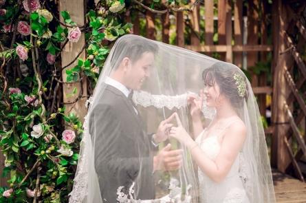 Chụp ảnh cưới trọn gói phim trường Cabin69  giá rẻ nhất tại Sài Gòn