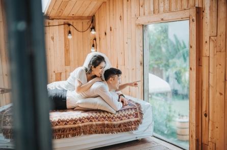 Chụp ảnh cưới phim trường Cabin 69 - đẹp lung linh như đang ở Đà lạt lãng mạn