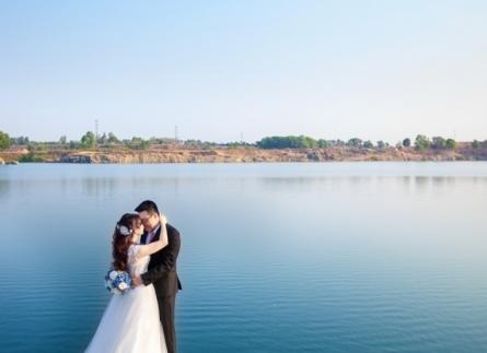 Chụp hình cưới Sài Gòn và áo cưới cao cấp