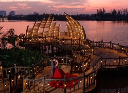 chụp ảnh cưới tại phim trường Alibaba
